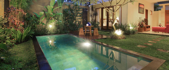 Bali Ardha Chandra Villa - Living Room Private Pool