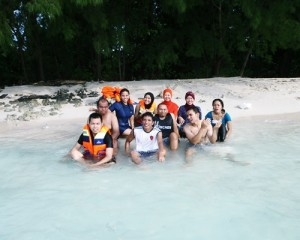 Amazing-Pulau-Seribu-One-Day-Tour-Island-Hopping
