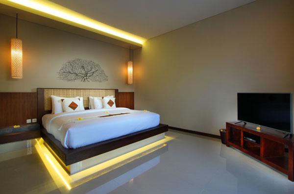 Bali Maharaja Seminyak Villa - Bedroom