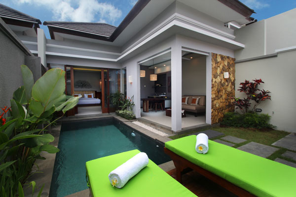 Bali Maharaja Seminyak Villa - Private Pool