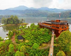 Phinisi-Resto-Ciwidey-Bandung